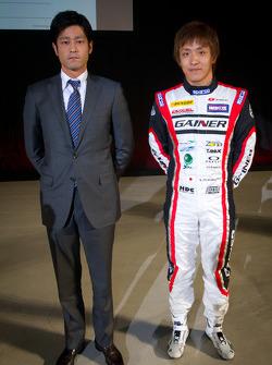 Tetsuya Tanaka and Katsuyuki Hiranaka
