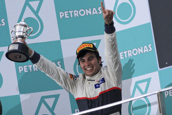 Podium: second place Sergio Perez, Sauber F1 Team