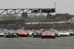Start: #3 AF Corse Ferrari 458 Italia GT3: Toni Vilander, Filip Salaquarda leads the field