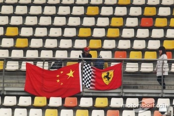 Ferrari fan and flags