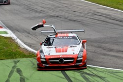 #18 Black Falcon Mercedes-Benz SLS AMG GT3:  Bret Curtis, Sean Edwards, Steve Jans