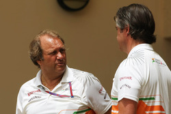 Bob Fernley, Sahara Force India F1 Team Deputy Team Principal with Andy Stevenson, Sahara Force India F1 Team Manager