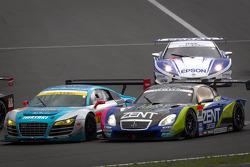 #30 APR Audi R8 LMS Ultra: Yuki Iwasaki, Yuya Sakamoto and #38 Lexus Team Zent Cerumo Lexus SC430: Yuji Tachikawa, Kohei Hirate