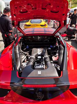 Ferrari 458 Challenge Engine