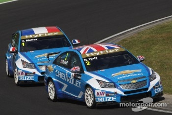 Robert Huff, Chevrolet Cruze 1.6T, Chevrolet and Yvan Muller, Chevrolet Cruze 1.6T, Chevrolet
