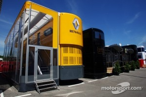 Renault F1 Sport motorhome