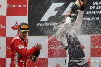 2nd place Fernando Alonso, Scuderia Ferrari and 1st place Pastor Maldonado, Williams F1 Team
