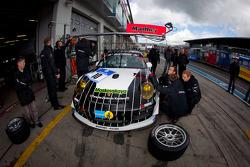 #10 Manthey Racing Porsche 911 GT3 R