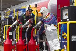 Getting some Sunoco fuel