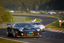 #777 H & R Spezialfedern Ford GT: Jürgen Alzen, Artur Deutgen, Christian Engelhart, Robert Renauer in trouble on the track