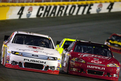 Greg Biffle, Roush Fenway Racing Ford and Kevin Harvick, Richard Childress Racing Chevrolet