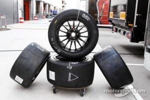 Pirelli tires