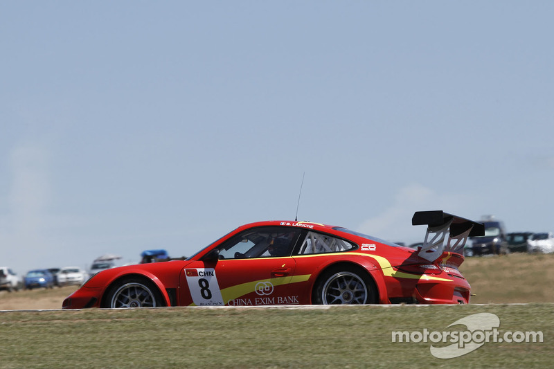 #8 Exim Bank Team China Porsche 911 GT3R: Benjamin Lariche, Ren Wei