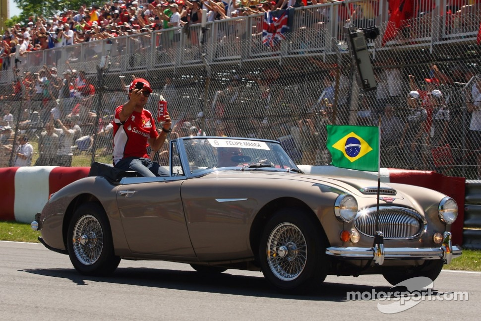 Felipe Massa, Scuderia Ferrari on the drivers parade