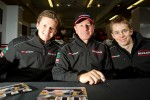 Autograph session: Lucas Ordonez, Martin Brundle and Alex Brundle