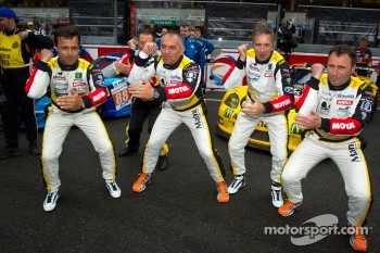Pedro Lamy, Patrick Bornhauser, Christophe Bourret and Pascal Gibon perform a pre-race dance