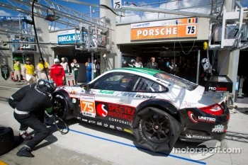 Pit stop for #75 Prospeed Competition Porsche 911 RSR: Abdulaziz Al Faisal, Bret Curtis, Sean Edwards