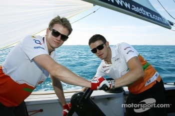 Nico Hulkenberg, Sahara Force India F1 and Paul di Resta, Sahara Force India F1 on the Aethra America's Cup Boat