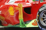 Felipe Massa, Ferrari with flow-vis paint on the sidepod winglet