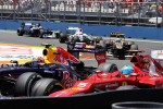 Mark Webber, Red Bull Racing and Fernando Alonso, Ferrari battle for position