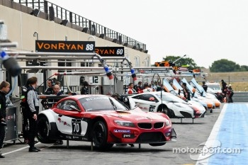 #70 Race Art BMW Z4 GT3: Roger Grouwels, Nick Catsburg, Neil Bouwhuis