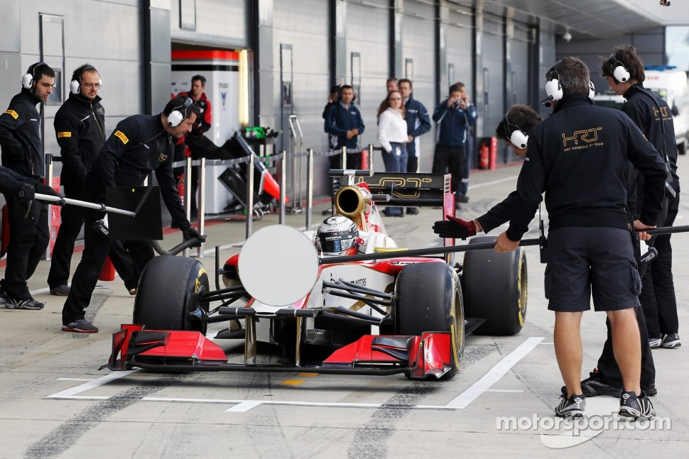 Ma Qing Hua, Hispania Racing F1 Team, Test Driver in the pits