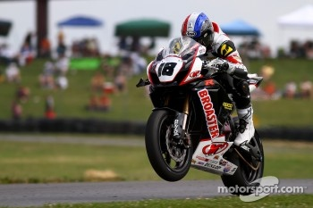 #18 M4 Roadracingworld.com Suzuki, Suzuki GSX-R1000: Chris Ulrich