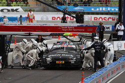 Semi Finals Jamie Green, Team HWA AMG Mercedes, AMG Mercedes against Bruno Spengler, BMW Team Schnitzer BMW M3 DTM pitstop