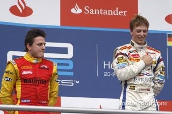 Podium: race winner Johnny Cecotto, second place Fabio Leimer