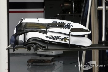 Williams FW34 front wing detail