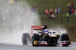 Daniel Ricciardo, Scuderia Toro Rosso in the wet