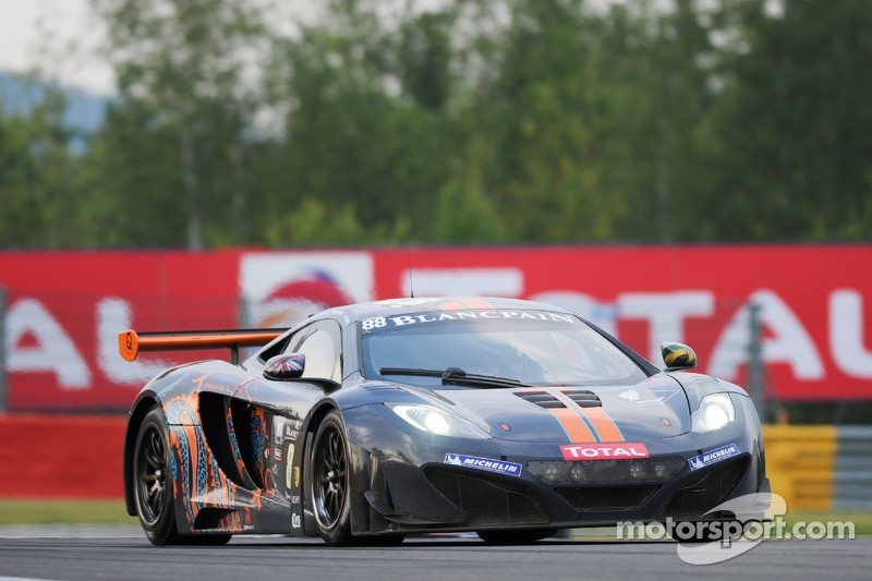 #88 Von Ryan Racing McLaren MP4-12C GT3: Rob Barff, Alvaro Parente, Roger Wills, Chris Goodwin