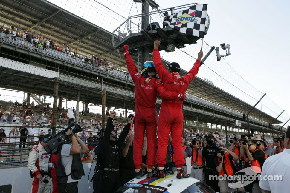 Race winners Alex Popow, Sbastien Bourdais
