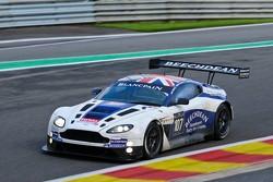 #107 Beechdean - Aston Martin Racing Aston Martin V12 Vantage GT3: Andrew Howard, Jonathan Adams, Phil Dryburgh, John Gaw