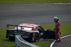 Satoshi Motoyama after the start crash