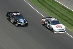 Landon Cassill, BK Racing Toyota, Stephen Leicht, Richard Childress Racing Chevrolet