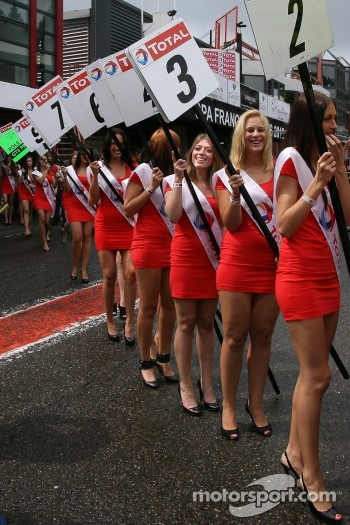 Grid-girls parade