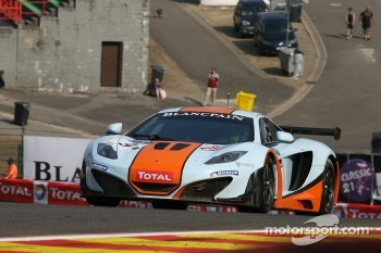 #9 Gulf Racing UK McLaren MP4-12C GT3: Mike Wainwright, Rob Bell, Andy Meyrick