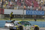 Race winner Carl Edwards, Roush Fenway Ford