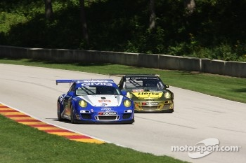 #32 GMG Racing Porsche 911 GT3 Cup: James Sofronas, Alex Welch, Rene Villeneuve #11 JDX Racing Porsche 911 GT3 Cup: Chris Cumming, Martin Ragginger