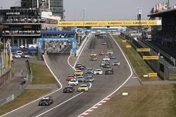 Start of the Race, Bruno Spengler, BMW Team Schnitzer BMW M3 DTM leads