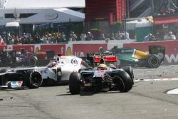 A crash at the start involving Lewis Hamilton, Kamui Kobayashi, Sauber
