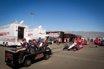Teams head to pitlane for practice