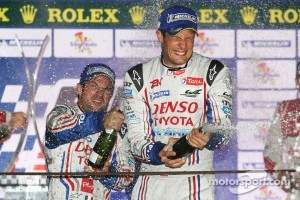 Podium: race winners Nicolas Lapierre, Alexander Wurz