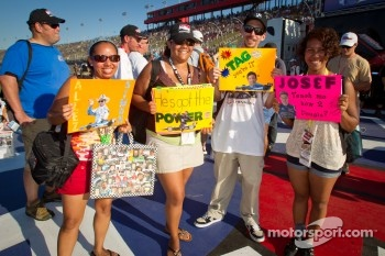 Fans with messages to drivers