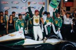 Victory lane: race winner Ed Carpenter, Ed Carpenter Racing Chevrolet celebrates