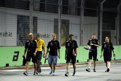 Sebastian Vettel, Red Bull Racing walks the circuit with Heikki Huovinen, Personal Trainer, and Guillaume Rocquelin, Red Bull Racing Race Engineer,