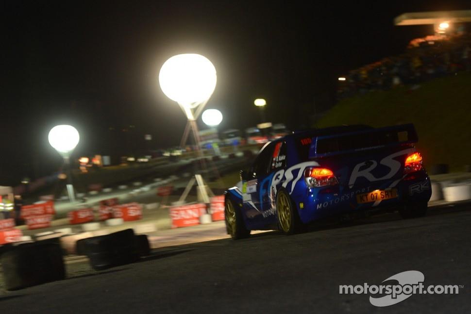 http://cdn-6.motorsport.com/static/img/mgl/1400000/1460000/1462000/1462000/1462066/s1_1.jpg