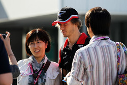 Charles Pic, Marussia F1 Team signs with fans