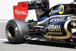 Romain Grosjean, Lotus F1 engine cover and rear suspension